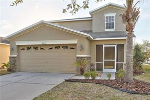7715 Carriage Pointe Dr - Photo 1