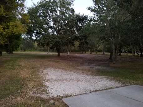 7846 Boyette Rd - Photo 3