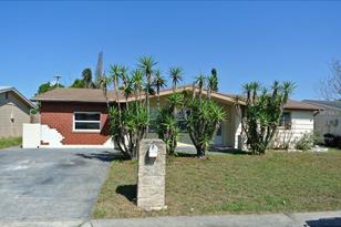 7411 Brentwood Dr - Photo 1