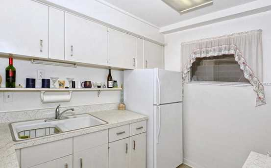 33 S Gulfstream Ave, Unit #306 - Photo 9