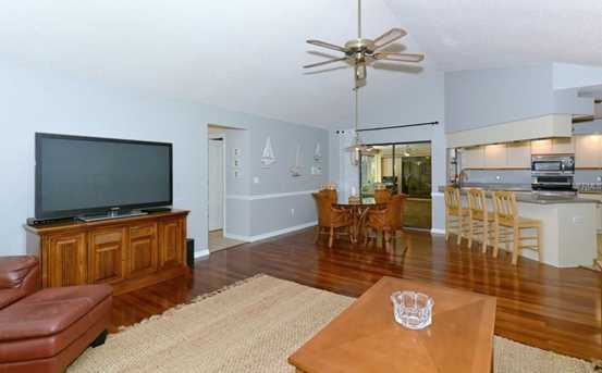 821 Forestview Dr - Photo 7