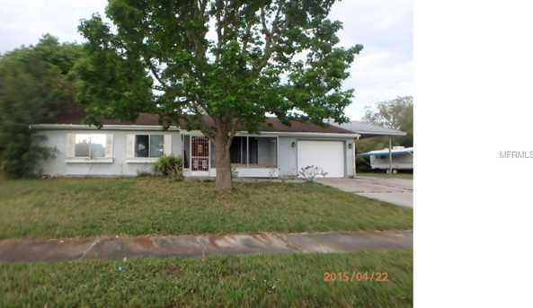 6717 Carovel  Ave - Photo 1