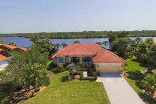 310 Coral Creek Dr - Photo 1