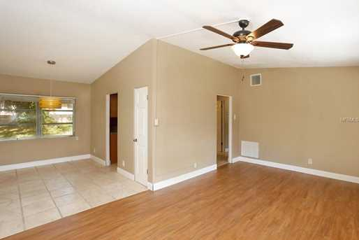 825 N Waterview Dr - Photo 3