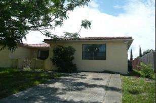 7800 Burnham Dr - Photo 1