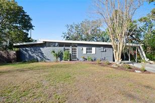 1227 Country Club Dr - Photo 1