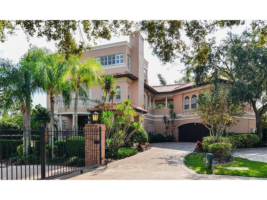 Residential for Sale at 3917 Snapper Pointe Dr Tampa, Florida 33611 United States
