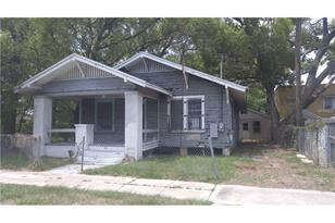 710 E Forest Ave - Photo 1