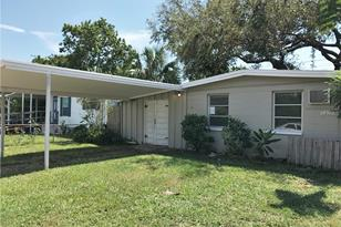 2120 43rd Ave N - Photo 1
