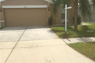 7864 Carriage Pointe Dr - Photo 1