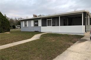 7070 Holiday Dr - Photo 1