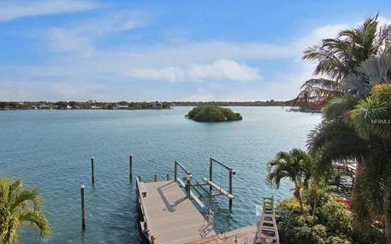 indian rocks beach buddhist singles Indian rocks beach condos for sale offer a wonderful 'old florida' feel that is prized by the locals choose from beachfront and intracoastal condos.