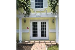 4945 Coquina Key Dr Se, Unit #D - Photo 1