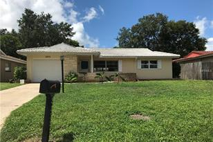 2372 Forest Dr - Photo 1