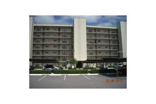 1000 Cove Cay Dr, Unit #2A - Photo 1