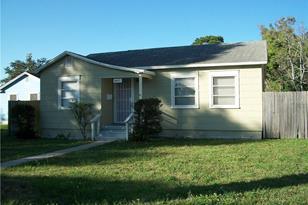 4451 Fairfield Ave S - Photo 1