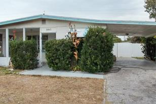10571 104th Ave - Photo 1