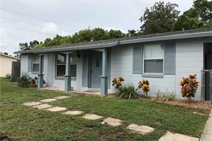 2379 Jackson Ave - Photo 1
