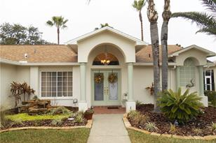 1209 Muscovy Dr - Photo 1