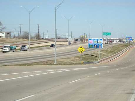 630 S Interstate 35 Highway E - Photo 3