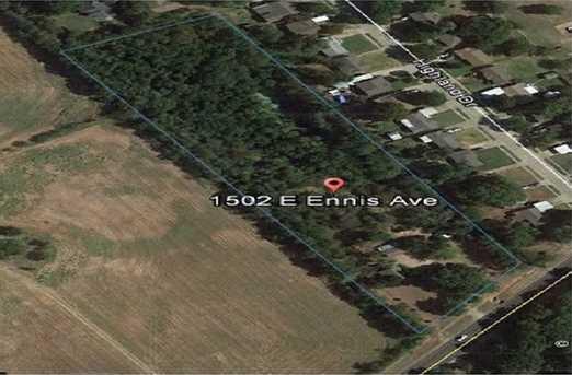 1502 E Ennis Ave - Photo 1