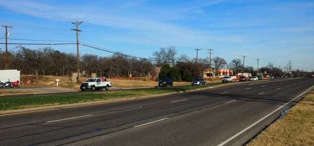 1161 W Hurst Boulevard - Photo 3