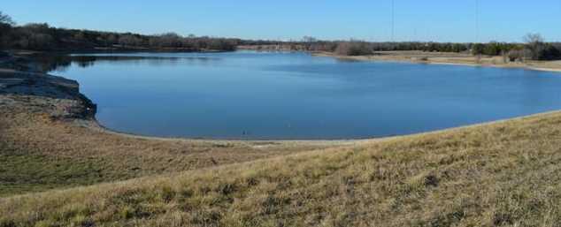 3830  Waters Edge Drive - Photo 7