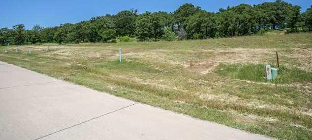 2309  Oak Bluff Drive - Photo 5