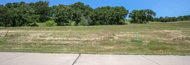 2309  Oak Bluff Drive - Photo 1