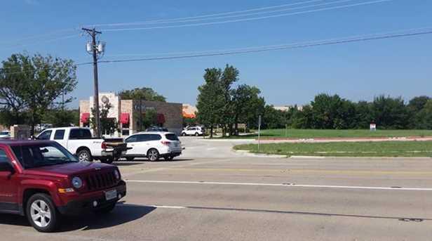 6425  Precinct Line Road - Photo 31