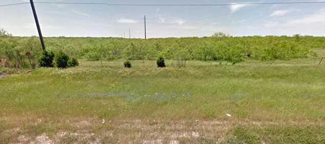 - N Interstate 45 - Photo 5