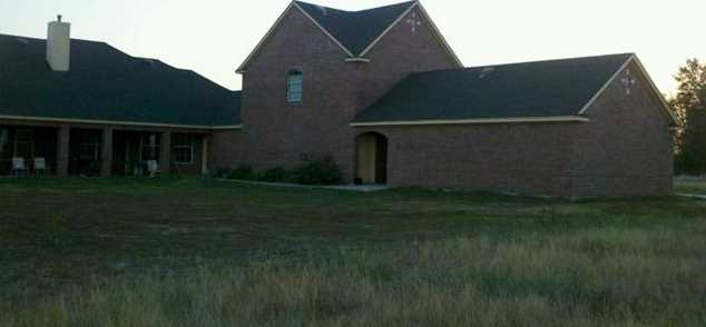 6401  County Road 3208 - Photo 3