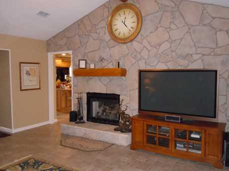 4020 S Lakeview Drive - Photo 5