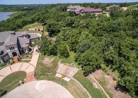 2303 Oak Bluff Dr - Photo 1