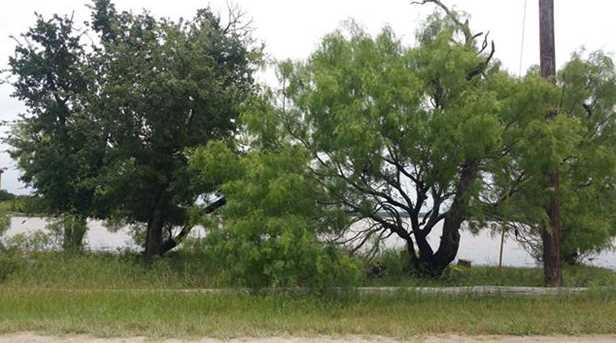 756  Oak Point Drive - Photo 3