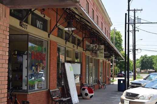 213 W Mulberry Street - Photo 7