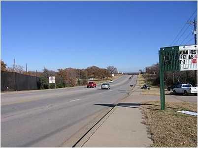 701 E Cedar Creek Parkway E - Photo 3
