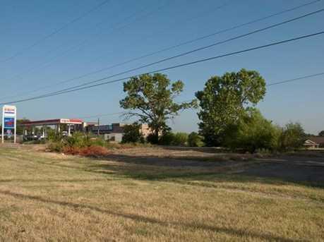 3303  Southern Oaks Boulevard - Photo 1