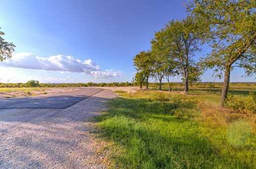 8021  Hencken Ranch Road - Photo 19