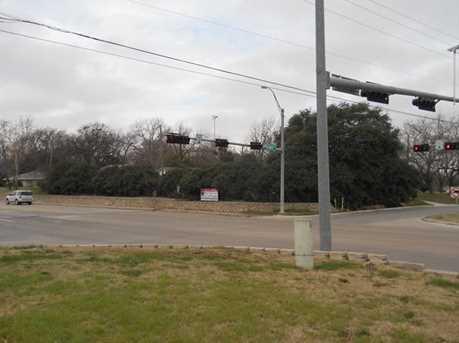 1320  Park Drive - Photo 3
