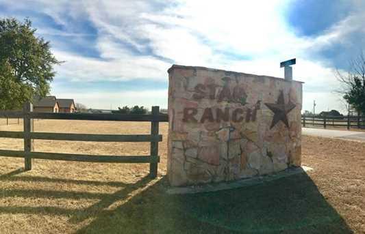 1900 Star Ranch Dr - Photo 19