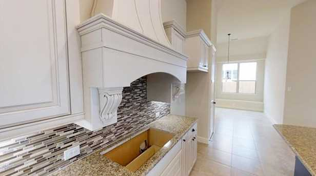 13704  Canals Drive - Photo 17