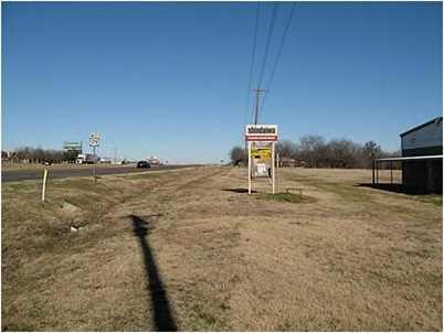 3175 E US Highway 175 - Photo 9