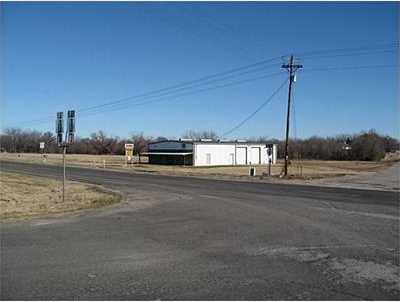 3175 E US Highway 175 - Photo 3