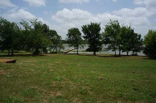 2864  Waters Edge - Photo 3
