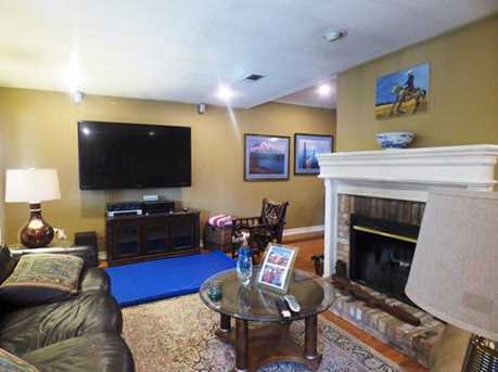301  Greenhill Park Ave. - Photo 7