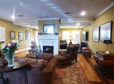 301  Greenhill Park Ave. - Photo 5