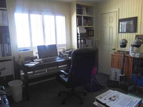 301 Greenhill Park Ave - Photo 13