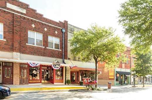215 E Louisiana Street - Photo 9