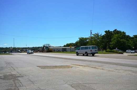 230 W State Highway 243 - Photo 9